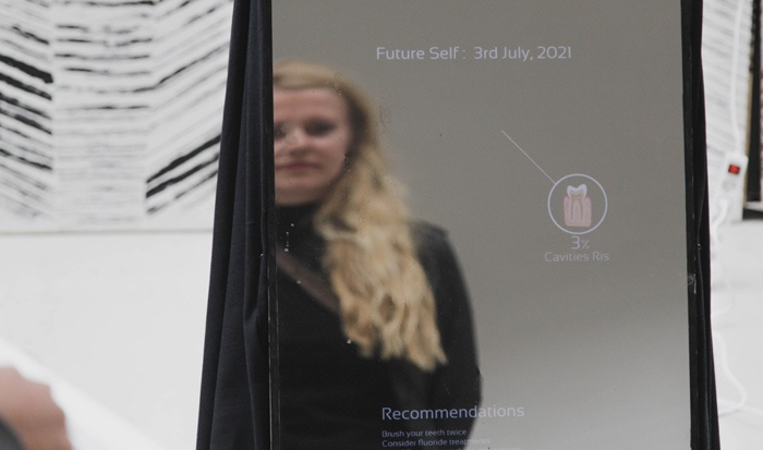 future_self_mirror