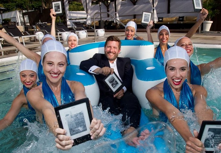 Brand_experience_experiential_marketing_kobo_s_pool_party_3