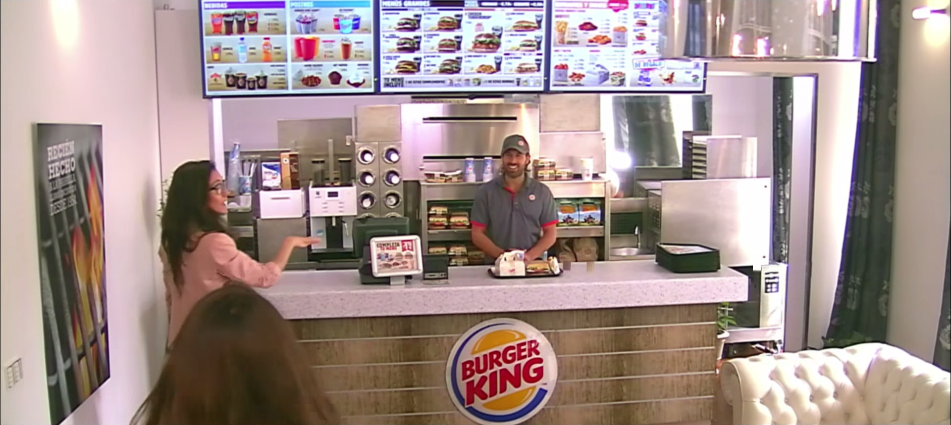burger_king_whopper_apartment_brand_experience_experiential_2
