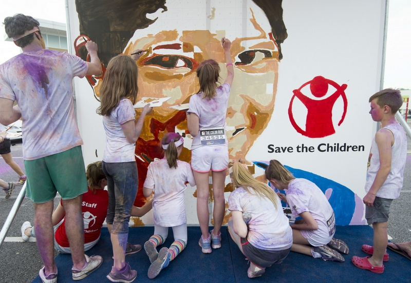save_the_children_the_color_run_experiential_marketing_art_installation_2