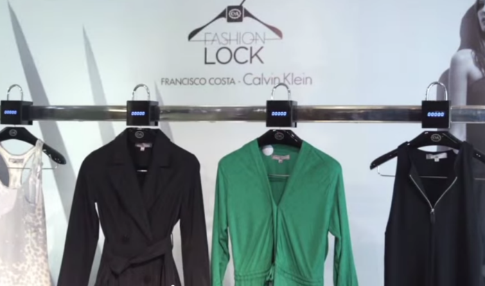 C_A_Fashion_Lock_Guerrilla_Marketing_Interactive_Social_Media_1
