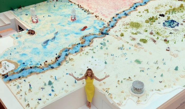 Fairy_brand_experience_worlds_largest_cake_sculpture_1