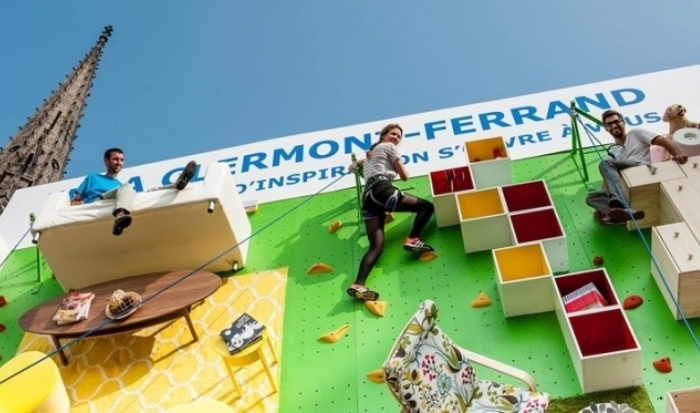 brand_experience_experiential_marketing_IKEA_climbing_walls_1