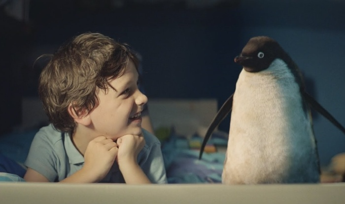 experiential_marketing_brand_experience_monty_the_penguin_1